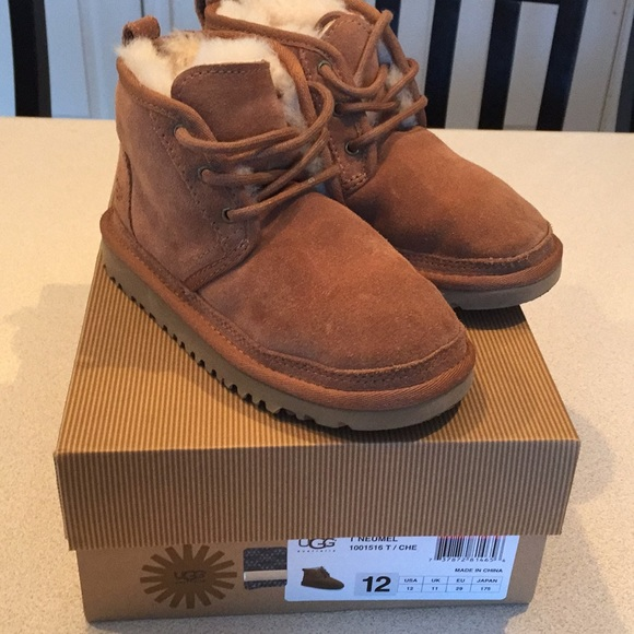 dd1a80f8186 UGG toddler boys boots like new size 12